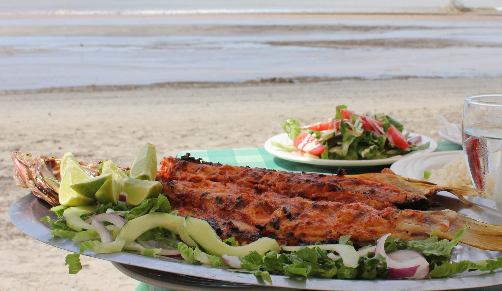 Dominio publico sarandeado camarones y birria - Platos gourmet con pescado ...