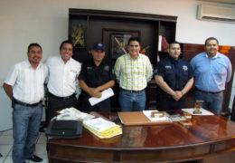Ayuntamiento de Santiago Ixcuintla y Policías municipales llegan a acuerdo.