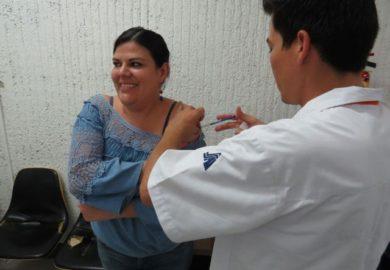 Sale el dengue, llega la influenza