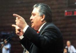 EN TRIBUNA, ACOSTA NARANJO DENUNCIA PÉSIMA ACTITUD DE AURELIO NUÑO.