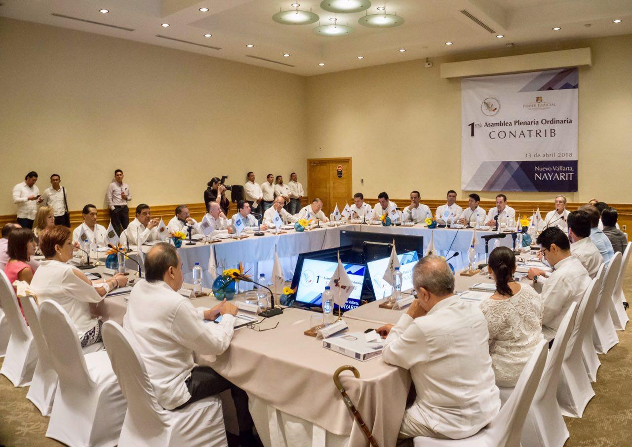 Quemagistrados y jueces nayaritas dejen de proteger a ex funcionarios corruptos: Echevarría