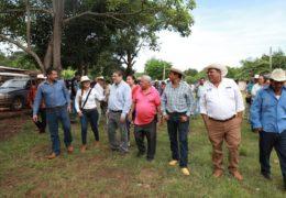 """Anunció Castellón programa """"Camino saca-cosechas"""" para 50 comunidades rurales"""