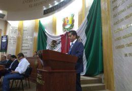 Director del IPROVINAY informa a legisladores de las acciones del organismo