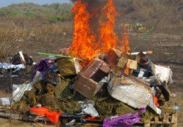 FGR destruye en Veracruz casi tres toneladas de objetos del delito y más de tres mil litros de precursores en Sinaloa