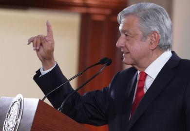 Austeridad mejorará atención en el IMSS; garantiza presidente compras y contratos