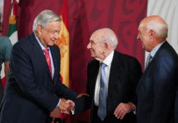 A 80 años del exilio español, presidente garantiza derecho al asilo