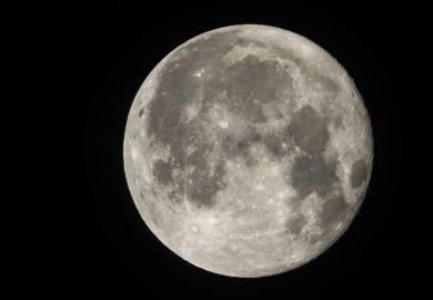 UNAM desarrolla la misión «Colmena» que colocará nueve robots pequeños en la luna