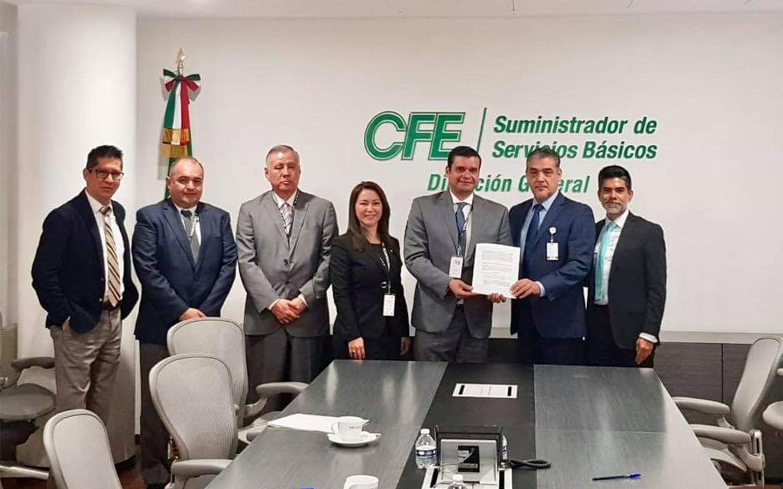 CFE baja tarifa a Nayaritas por acuerdo histórico de Toño Echevarría