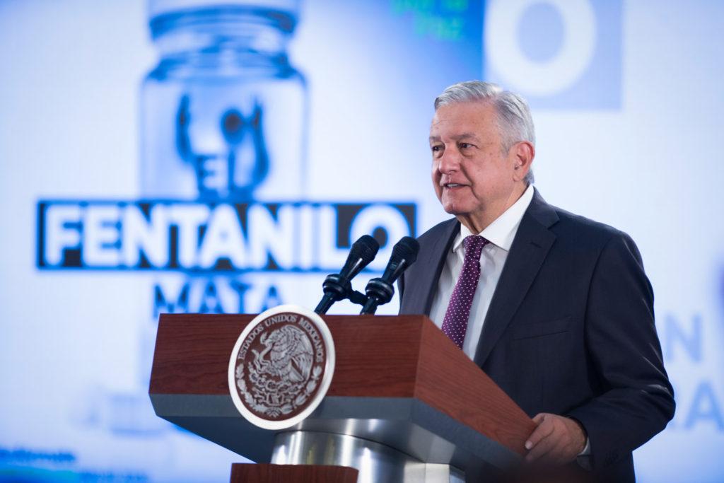 López Obrador no descarta legalización de marihuana