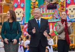 Presidente inaugura Ofrenda Monumental de Día de Muertos
