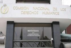 Renuncian cuatro consejeras honorarias de la CNDH