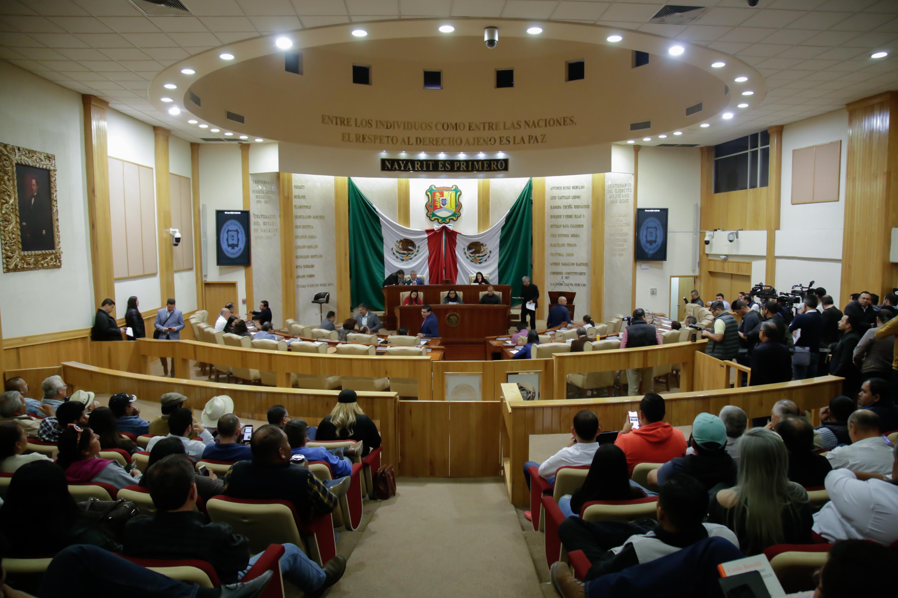 Consolida Congreso gobernabilidad a la UAN