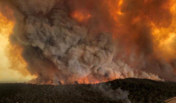 Van 27 muertos por incendios en Australia