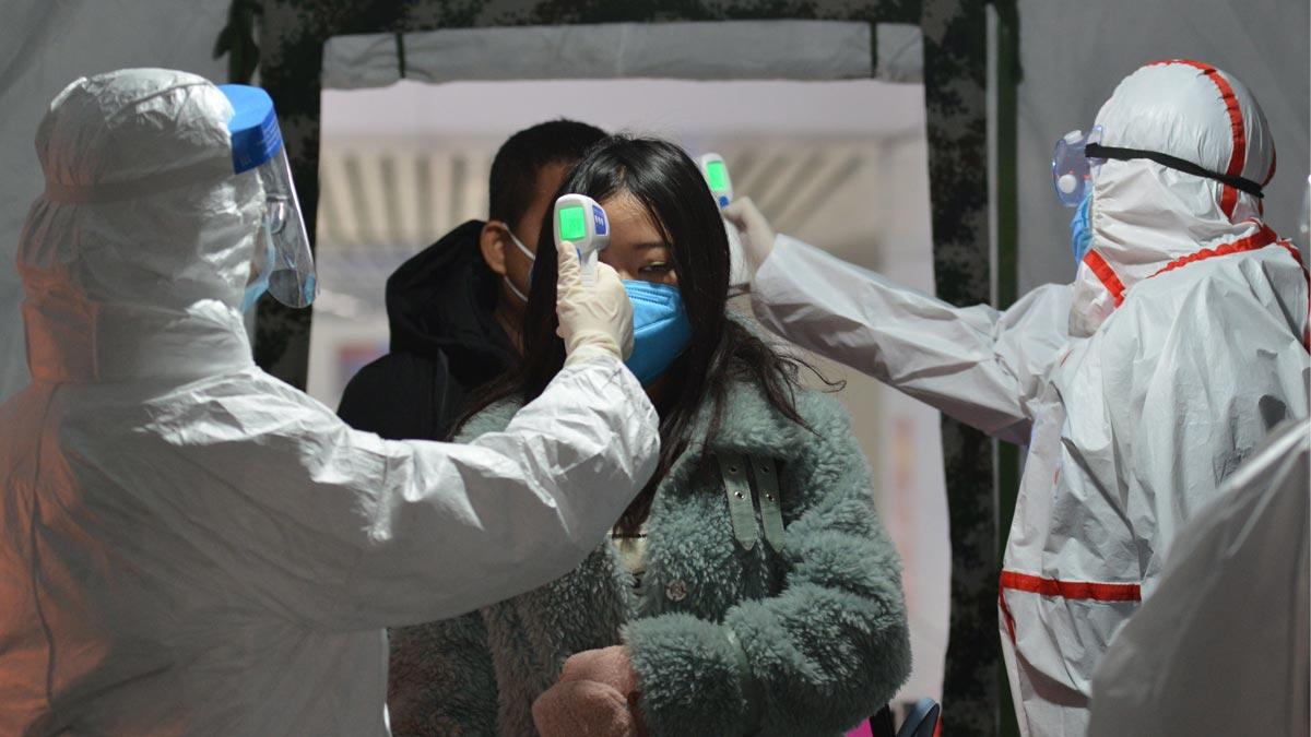 Coronavirus deja más de 1,000 muertos. OMS lo califica de «grave amenaza mundial»