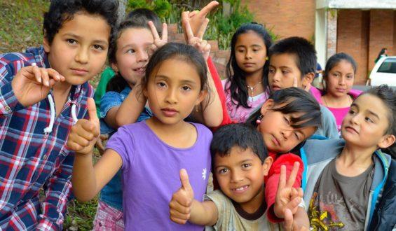 Presenta Gobierno programa de protección a niñas y niños