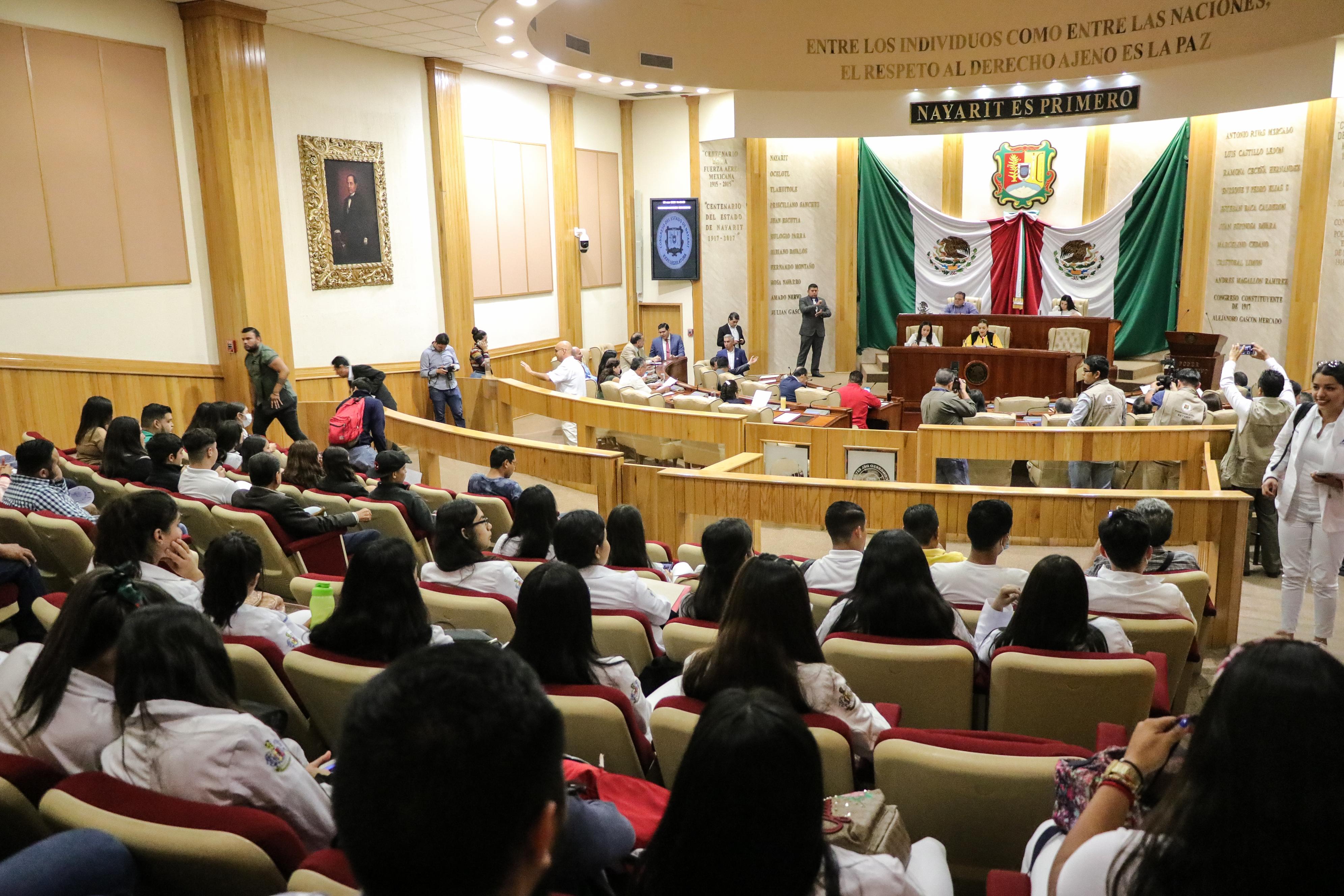 Alerta Congreso sobre problema de aseo público en Santiago