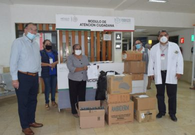 Entrega Congreso segundo donativo de insumos hospitalarios