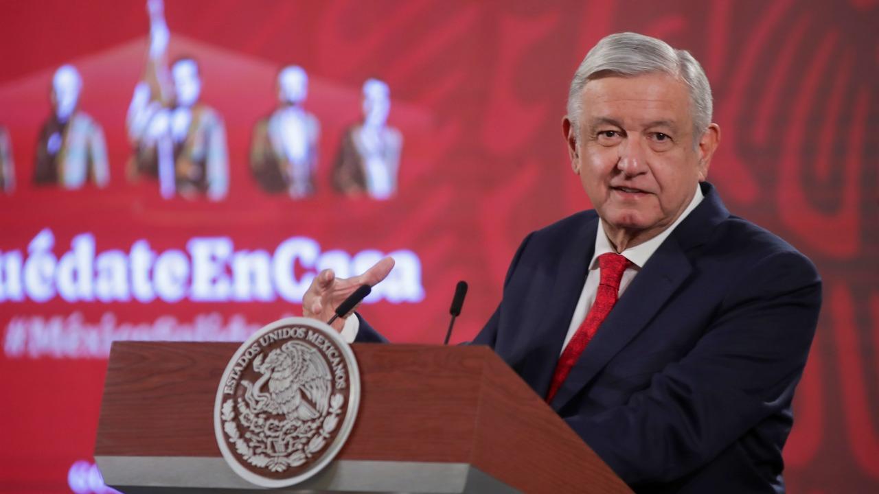 Garantiza AMLO rectitud en caso Calderón pese a «fraude» de 2006