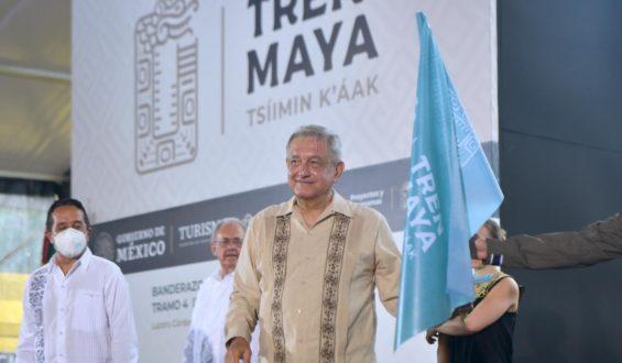 AMLO da banderazo al cuarto tramo del Tren Maya