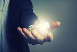 Alistan denuncias por fraude en sector eléctrico