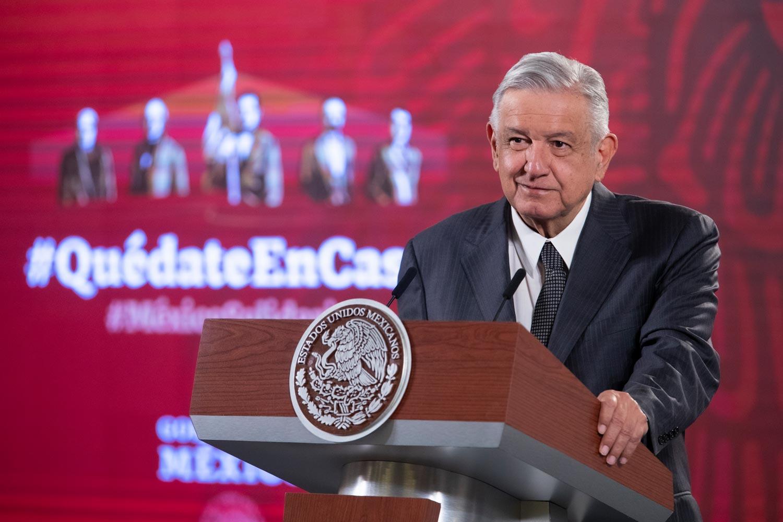 Presidente llama a participar en sorteo de la Lotería Nacional