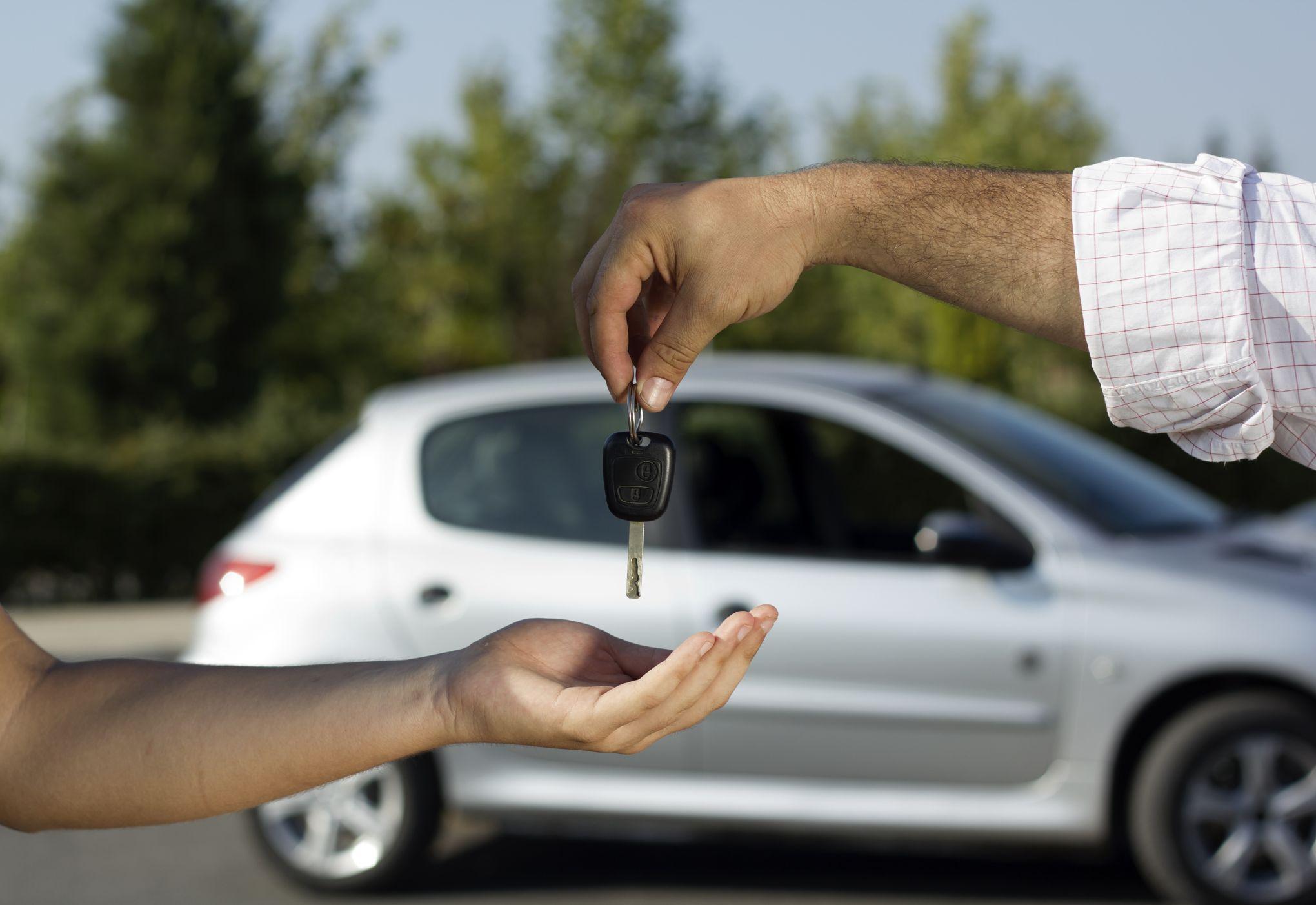 Cae venta de autos en México por sexto mes consecutivo